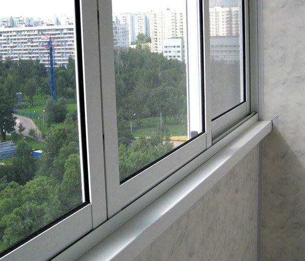 """Остекление балконов п серий домов - """"пск конструкция"""" выполн."""